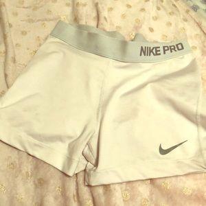 White Nike Pro spandex medium
